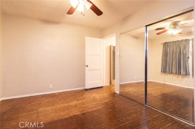 8733 Dalen Street, Downey CA: http://media.crmls.org/medias/9a39d61c-1b1e-4a57-a1eb-3d79dc690517.jpg