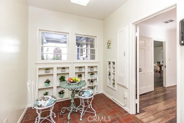5308 5306 N Figueroa Street, Highland Park CA: http://media.crmls.org/medias/9a42bd2e-d62c-463c-84b1-b9e9bc526ab1.jpg