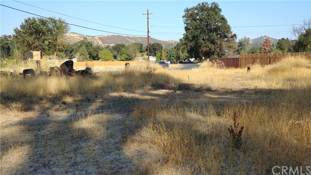 9423 Quarterhorse Lane, Lower Lake CA: http://media.crmls.org/medias/9a4a3e84-a1fe-4dfd-b486-287384b82237.jpg