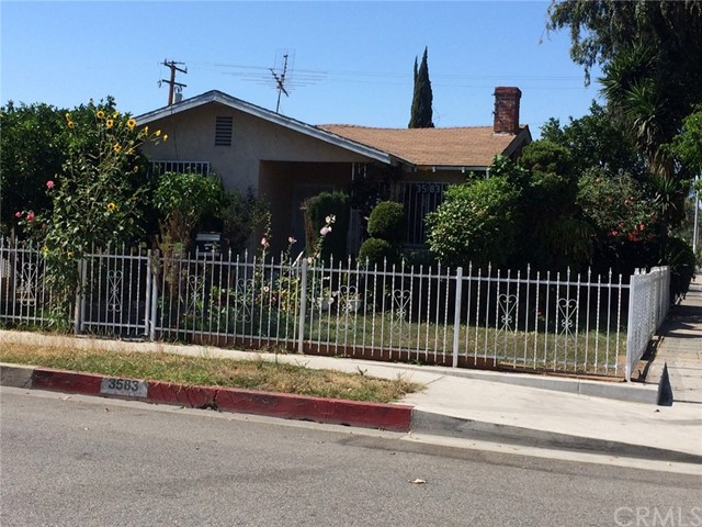 Single Family Home for Sale at 3583 56th Street E Maywood, California 90270 United States