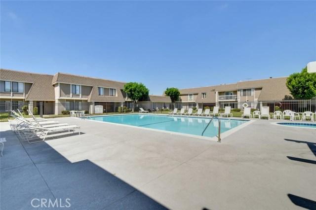 2147 W Banbury Cr, Anaheim, CA 92804 Photo 24