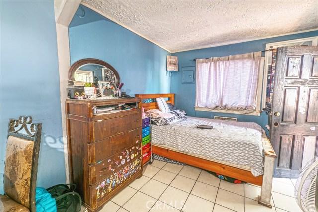 14503 Chevalier Avenue, Baldwin Park CA: http://media.crmls.org/medias/9a57ce73-0422-4bb9-80e9-f3414c56befd.jpg