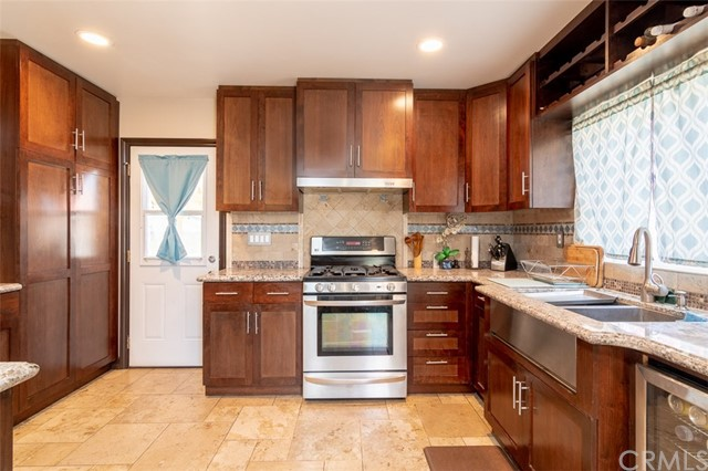 7849 Rockne Avenue, Whittier CA: http://media.crmls.org/medias/9a5c54ba-8b2a-4db8-9d42-a3d17e1730dd.jpg