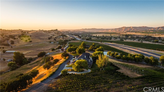 7750  Highway 101, Paso Robles, California