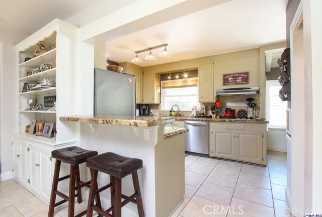 16816 San Jose Street, Granada Hills CA: http://media.crmls.org/medias/9a99d5b2-5374-404a-adfc-259988a4cd2d.jpg