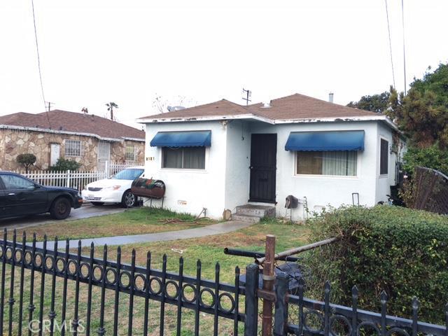 2121 East Piru Street Compton CA  90222