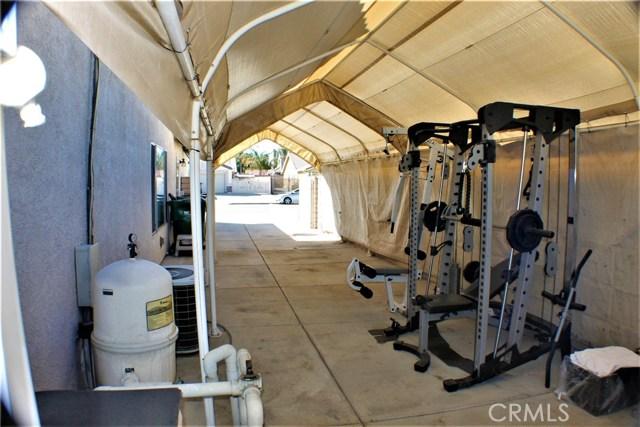 14398 Rio Bravo Road, Moreno Valley CA: http://media.crmls.org/medias/9ac1b3c6-6424-467f-996d-7d968cd527fa.jpg