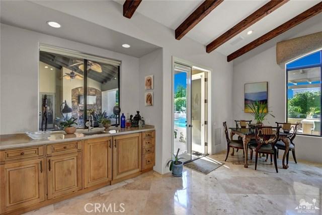 15 Villaggio Place, Rancho Mirage CA: http://media.crmls.org/medias/9ac9a105-5a5b-4fad-a728-67e75db186c2.jpg