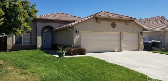 Detail Gallery Image 1 of 27 For 5076 Ashmead Dr, Hemet, CA 92544 - 3 Beds | 2/1 Baths