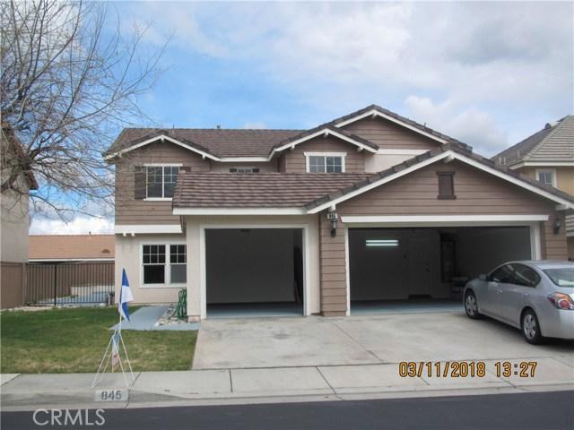 845 Pheasant Street, Corona CA: http://media.crmls.org/medias/9aef5f4a-d953-41ca-a571-e0a97864786d.jpg