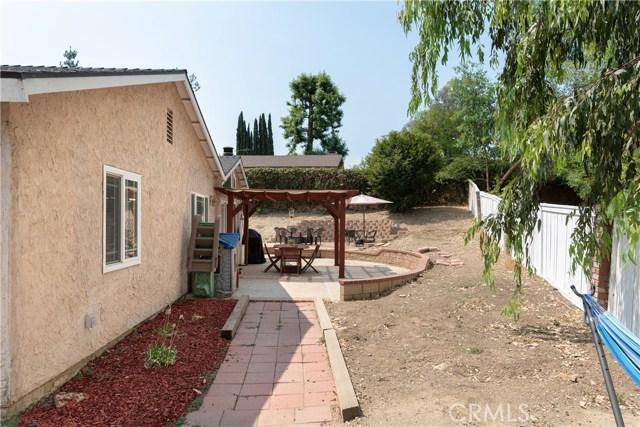 15450 Rolling Ridge Drive, Chino Hills CA: http://media.crmls.org/medias/9b0cb299-143f-4601-8dee-19dbfe673b31.jpg