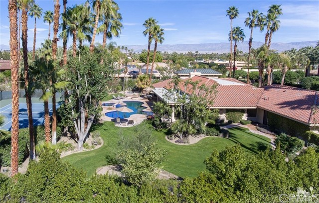 Photo of home for sale at 40625 Morningstar Road, Rancho Mirage CA