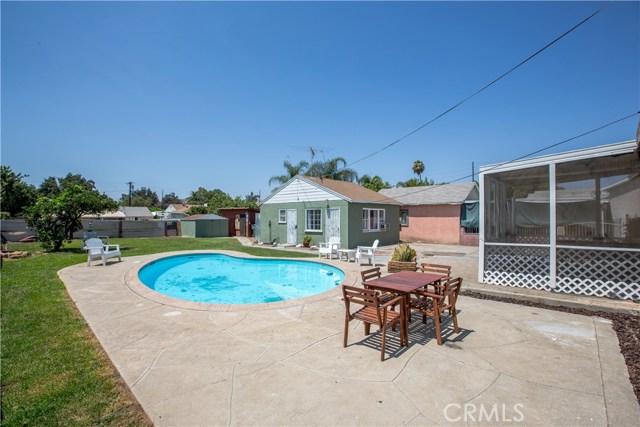 4146 Van Buren Boulevard, Riverside CA: http://media.crmls.org/medias/9b16cd1d-3ec6-4db9-a30a-6bd413fc6ec2.jpg