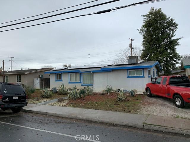 3425 N Hughes Avenue, Fresno CA: http://media.crmls.org/medias/9b1a5820-4df0-4a65-8244-227f97f2e971.jpg