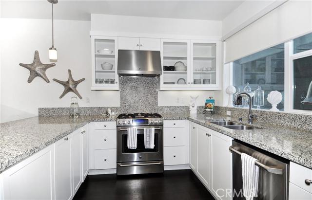 Condominium for Rent at 151 Mercer Way Costa Mesa, California 92627 United States