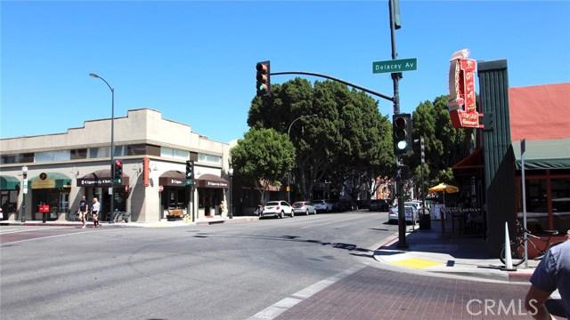 111 S De Lacey Avenue, Pasadena CA: http://media.crmls.org/medias/9b56a6e9-e853-4d13-95c6-9c3dd267f3aa.jpg