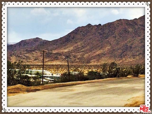 Photo of home for sale at 6685 Hillside Avenue, 29 Palms CA
