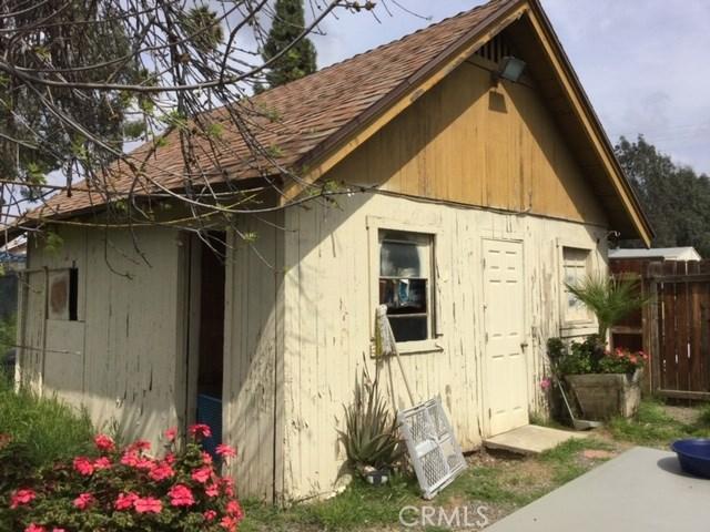 6837 Lomita Street, Riverside CA: http://media.crmls.org/medias/9b64da56-099a-40ca-82b3-8880a1c985a4.jpg