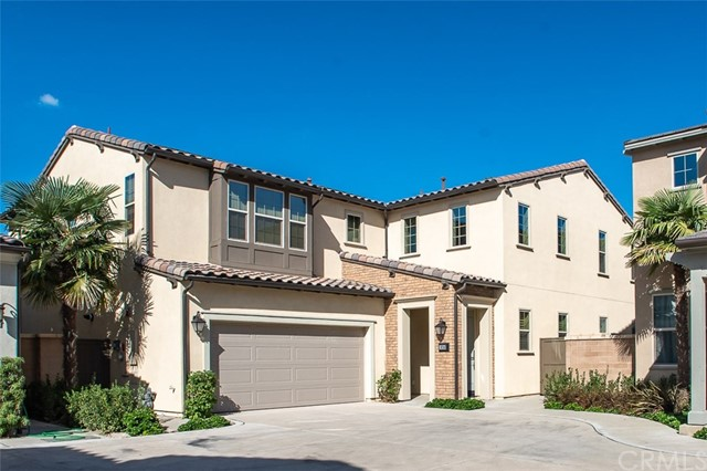 Detail Gallery Image 1 of 29 For 16243 Cameo Ct, Whittier, CA 90604 - 5 Beds | 5 Baths