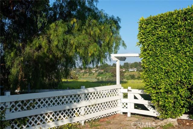 44 Empty Saddle Road, Rolling Hills Estates CA: http://media.crmls.org/medias/9b831177-2945-485f-958b-05f2b2ad2474.jpg