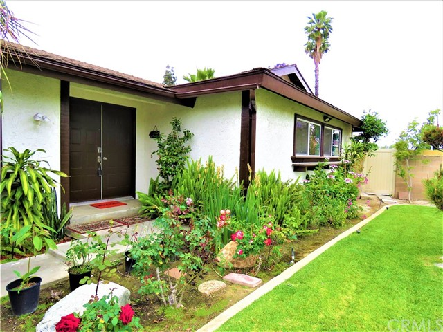 1124 W La Entrada Cr, Anaheim, CA 92801 Photo 1