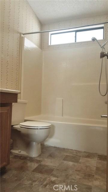 19036 Danbury Avenue Hesperia, CA 92345 - MLS #: IV18074002
