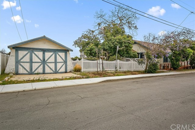 935 Cypress St, El Segundo, CA 90245 photo 29