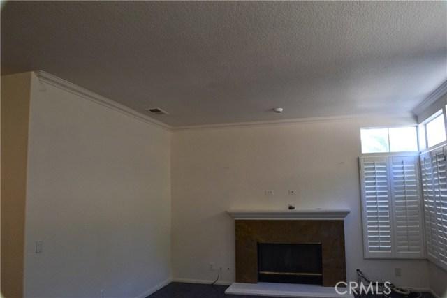 494 Wellington Circle, Corona CA: http://media.crmls.org/medias/9bbf0fcd-0d67-4e01-8490-451c9cc376d6.jpg