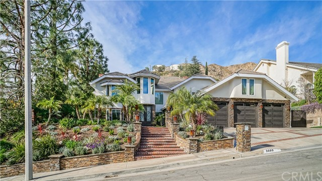 Single Family Home for Sale at 3609 Haven Way 3609 Haven Way Burbank, California 91504 United States