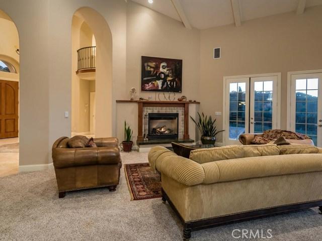 855 Venice Road, Templeton CA: http://media.crmls.org/medias/9bbfa002-6e4a-4e52-8aa7-54f8b3ec17a1.jpg