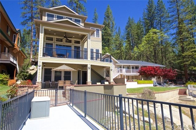 Single Family Home for Sale at 39273 Paha 39273 Paha Bass Lake, California 93604 United States
