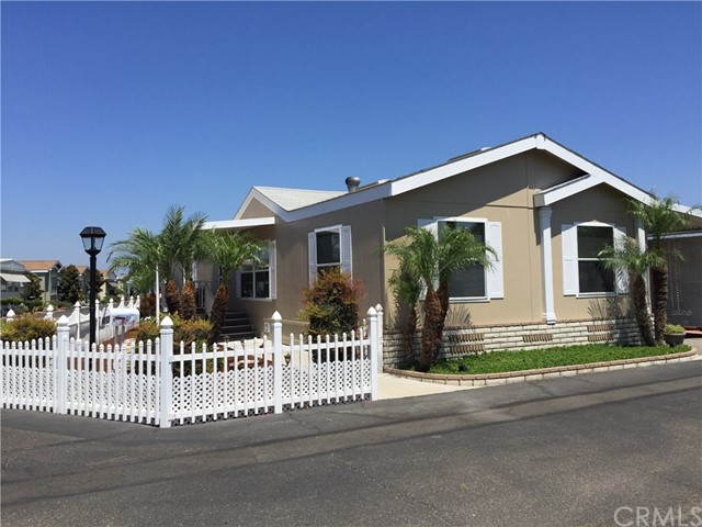 22221 Bloomfield Avenue 40, Cypress, CA, 90630