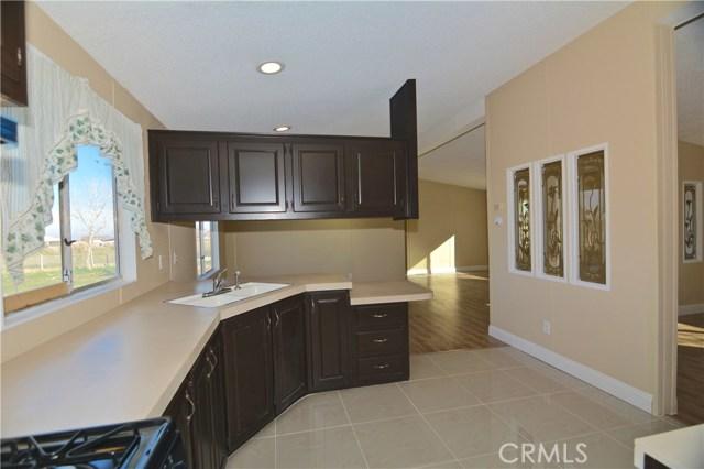 7344 Saratoga Road, Phelan CA: http://media.crmls.org/medias/9bd19e5b-553a-4e75-81d9-8253fa779a26.jpg