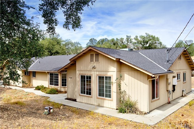 Detail Gallery Image 1 of 26 For 42789 Deep Forest Dr, Coarsegold, CA 93614 - 4 Beds | 3 Baths
