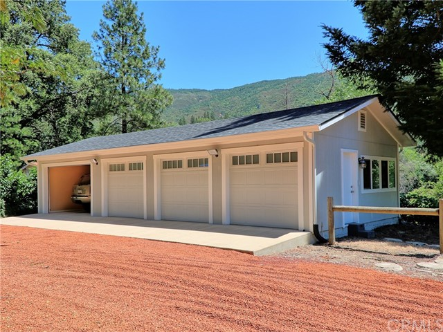12536 Elk Mountain Road Upper Lake, CA 95485 - MLS #: LC17120832