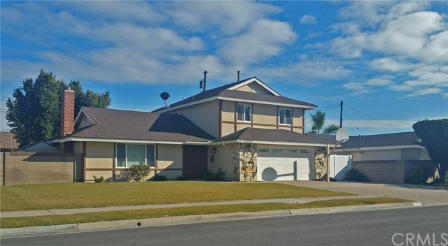 Single Family Home for Sale at 17370 Ash St Fountain Valley, California 92708 United States