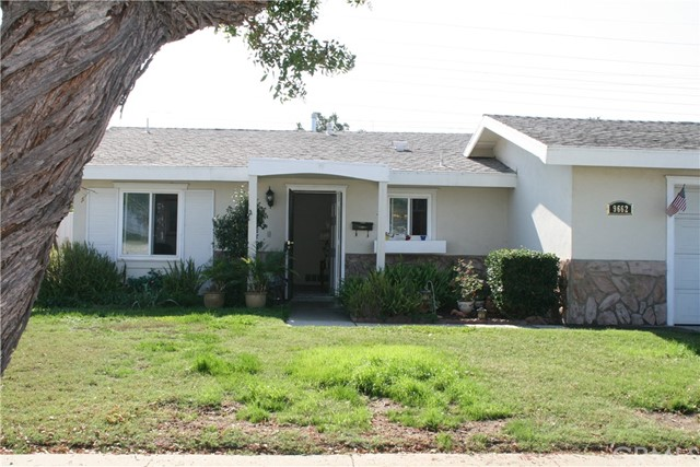 9662 E Velardo Drive , CA 92646 is listed for sale as MLS Listing OC18189438