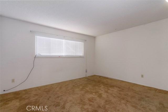 7533 Leucite Avenue, Rancho Cucamonga CA: http://media.crmls.org/medias/9c0833d2-7c8b-4c9f-a199-b405e565f492.jpg