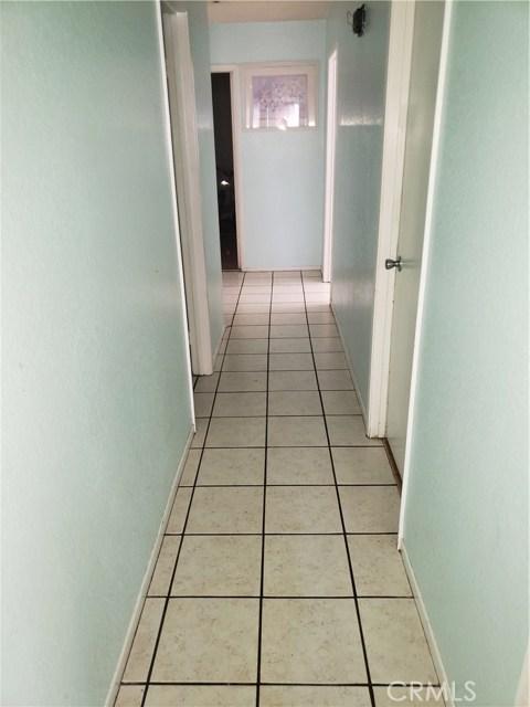 13815 Pheasant Knoll Lane, Moreno Valley CA: http://media.crmls.org/medias/9c0cd422-cf37-4976-b4b5-f87f23344580.jpg