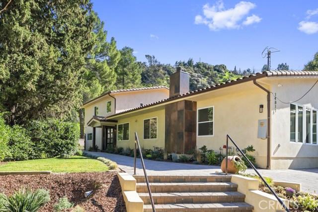 14811 Jadestone Drive, Sherman Oaks CA: http://media.crmls.org/medias/9c145179-ae1d-406d-b480-1b45cadf15c7.jpg