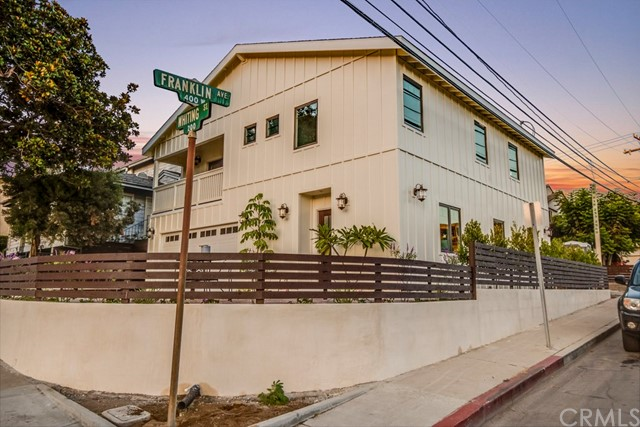 Single Family Home for Sale at 202 Whiting Street 202 Whiting Street El Segundo, California 90245 United States