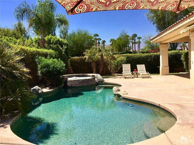 5 Varsity Circle, Rancho Mirage CA: http://media.crmls.org/medias/9c3d7c20-2f3c-4eb1-b638-725888143df6.jpg