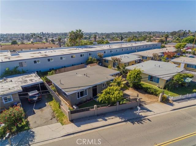712 N Citrus Avenue, Vista CA: http://media.crmls.org/medias/9c44253c-8afc-4c20-a272-0646a1397949.jpg