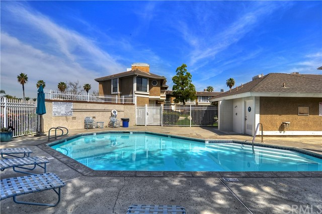 260 S Seneca Cr, Anaheim, CA 92805 Photo 21