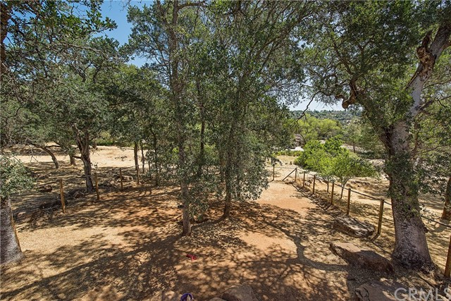 18286 North Shore Drive Hidden Valley Lake, CA 95467 - MLS #: LC18144069