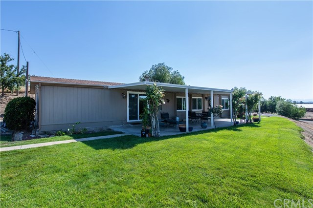 Photo of 33121 Christine Lane, Winchester, CA 92596