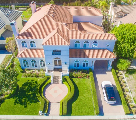 Single Family Home for Sale at 25246 Rockridge Road Laguna Hills, California 92653 United States