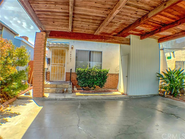 Detail Gallery Image 1 of 1 For 14507 Larch Ave, Lawndale,  CA 90260 - 3 Beds | 1/1 Baths