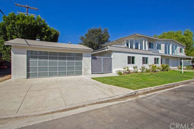 Single Family Home for Sale at 12041 Huston Street Valley Village, California 91607 United States
