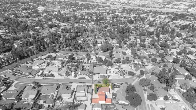 624 Lancer Lane, Corona CA: http://media.crmls.org/medias/9c864248-46dd-4db2-a2e2-d04728ca469f.jpg
